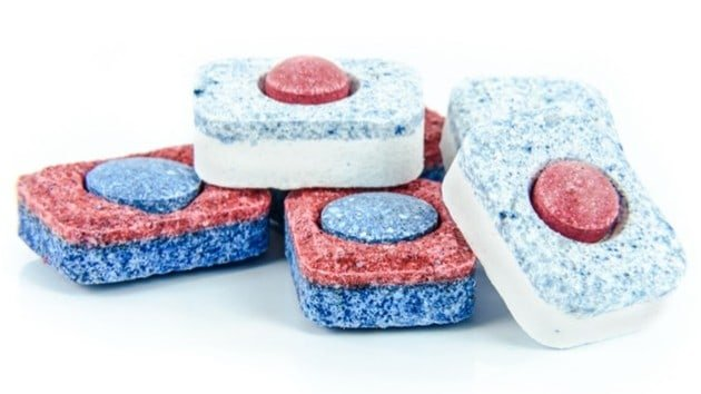 read and blue bar soap for laudnry and general cleaning