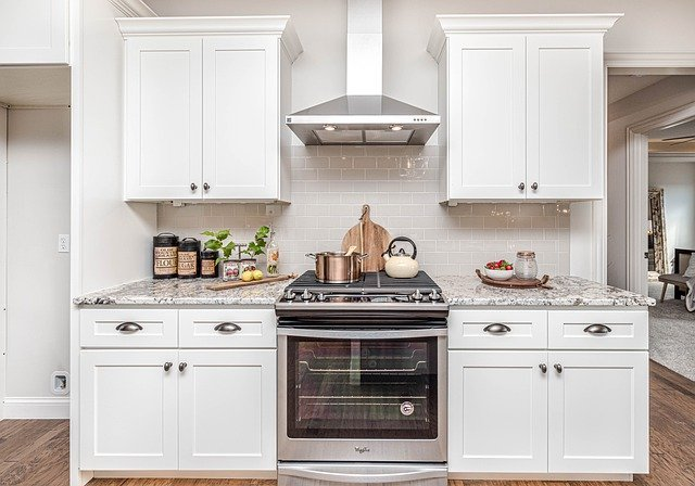 Unconventional Ways on How to Clean Kitchen Cabinet that are painted white